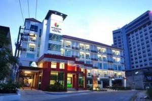เดอะ คัลเลอร์ โฮเต็ล (The Color Hotel)